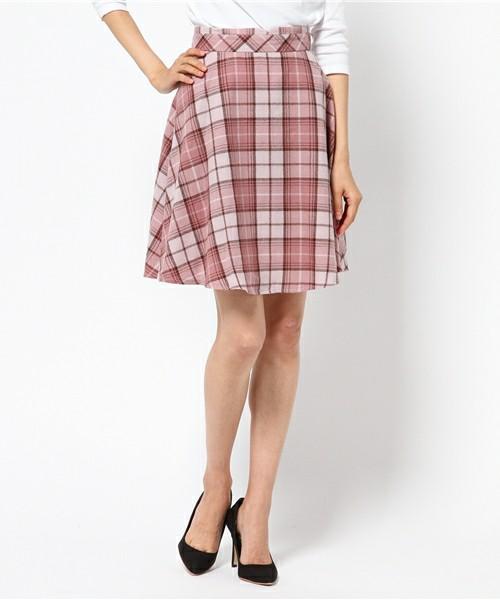 芸能人岡副麻希がめざましテレビで着用した衣装スカート