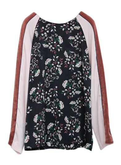 芸能人市川紗椰がユアタイムで着用した衣装カットソー
