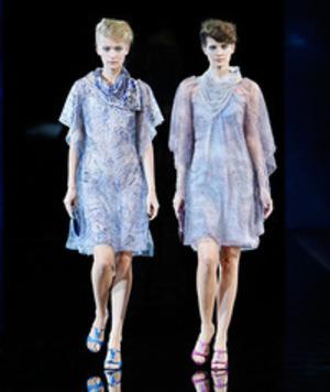 芸能人が第37回日本アカデミー賞で着用した衣装ワンピース