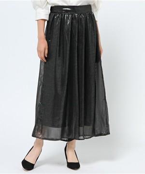 芸能人が東京ガールズコレクションで着用した衣装ニット