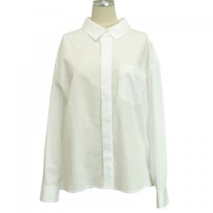 芸能人池澤あやかがアベマプライムで着用した衣装シャツ / ブラウス