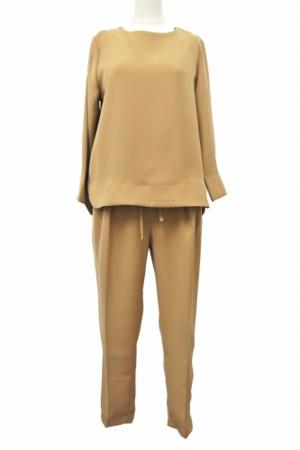 芸能人がOha4で着用した衣装ワンピース