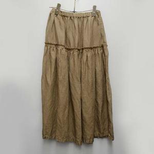 芸能人がいつか陽のあたる場所でスペシャルで着用した衣装スカート