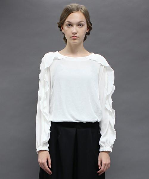 芸能人榮倉奈々が東京タラレバ娘で着用した衣装シャツ / ブラウス