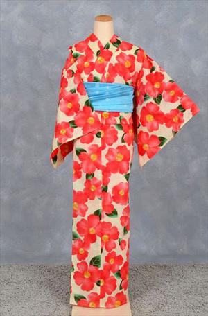 芸能人が山本美月で着用した衣装浴衣