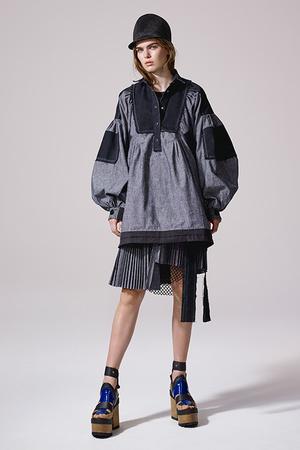 芸能人八木アリサがInstagramで着用した衣装ワンピース