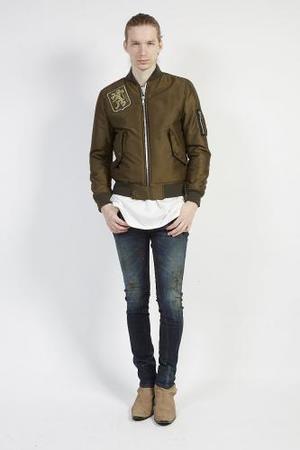 芸能人がアサデス。で着用した衣装ジャケット