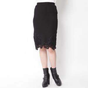 芸能人が東京女子図鑑で着用した衣装スカート