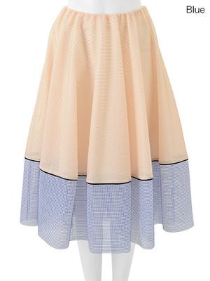 芸能人芹澤優がNizisuta カバーガールで着用した衣装スカート