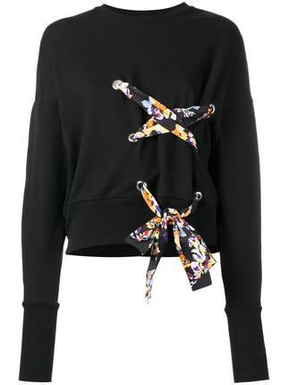 芸能人安藤サクラがInstagramで着用した衣装スカート
