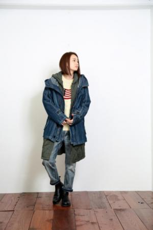 芸能人サヘル・ローズがサヘル・ローズのイチオシNIPPONで着用した衣装アウター