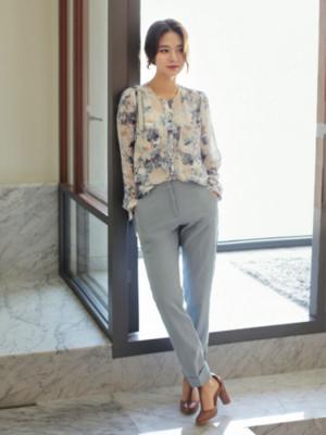 芸能人入山法子がきみはペットで着用した衣装シャツ/ブラウス