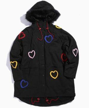 芸能人相羽瑠奈がTwitterで着用した衣装コート