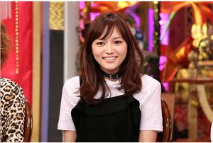 芸能人川口春奈が今夜くらべてみましたで着用した衣装黒のキャミワンピース