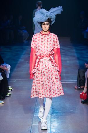 芸能人指原莉乃が今夜くらべてみましたで着用した衣装スカート