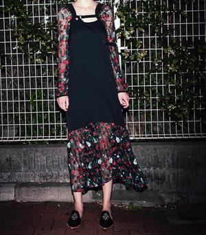 芸能人桐谷美玲が人は見た目が100パーセントで着用した衣装ワンピース