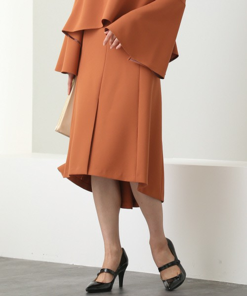 芸能人親友・ネイリストが東京タラレバ娘で着用した衣装シャツ / ブラウス
