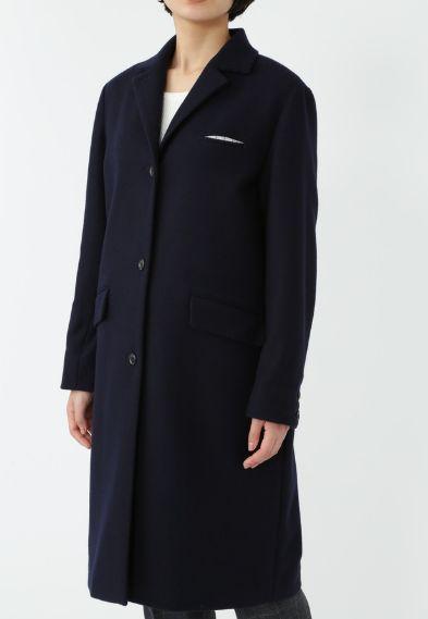 芸能人主役・売れない脚本家が東京タラレバ娘で着用した衣装アウター