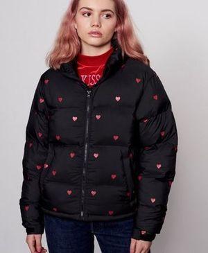 芸能人が花咲かタイムズで着用した衣装ジャケット