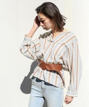 芸能人藤田ニコルがInstagramで着用した衣装シャツ
