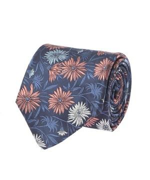 芸能人がワイドナショーで着用した衣装ネクタイ