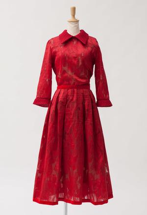 芸能人二階堂ふみが志村&鶴瓶のあぶない交遊録で着用した衣装ワンピース