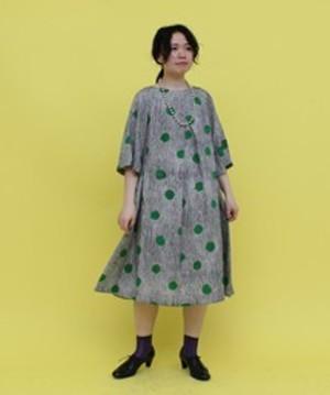 芸能人清水ミチコがスタジオパークからこんにちはで着用した衣装ワンピース