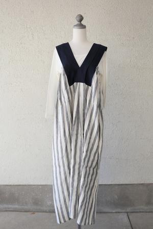 芸能人主役・売れない脚本家が東京タラレバ娘で着用した衣装ストライプのワンピース