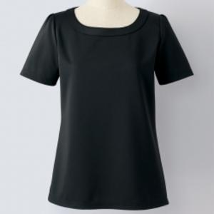 芸能人が東京女子図鑑で着用した衣装Tシャツ/カットソー