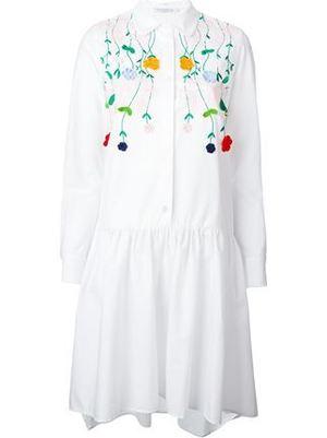 芸能人デザイナーを目指し上京した女の子がいつかこの恋を思い出してきっと泣いてしまうで着用した衣装ワンピース