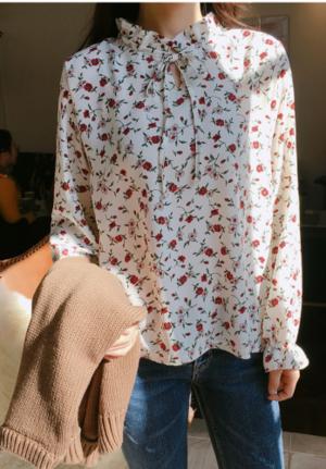 芸能人がアベマプライムで着用した衣装シャツ/ブラウス