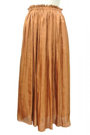 芸能人がアベマプライムで着用した衣装スカート