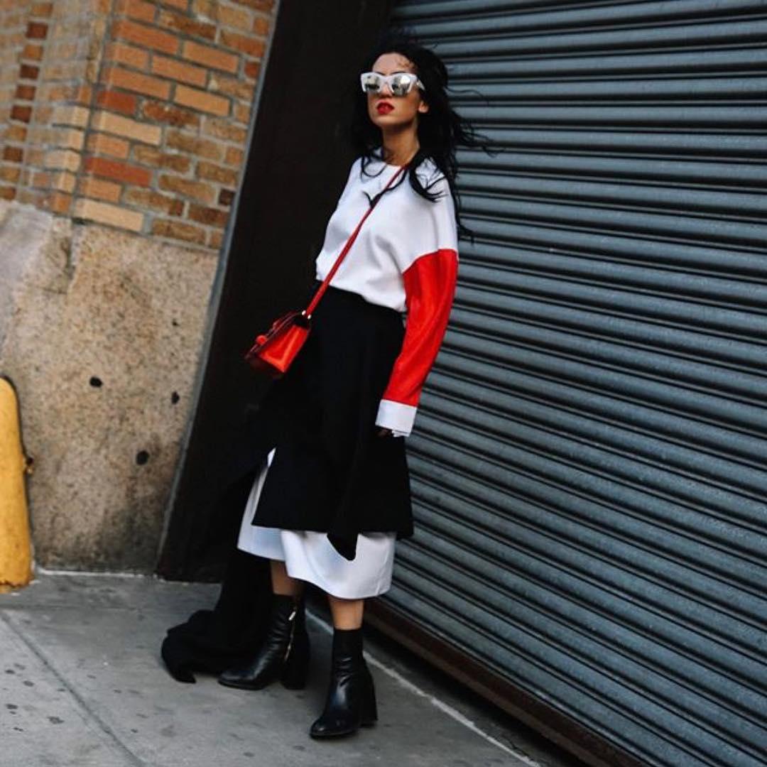 芸能人がニンゲン観察バラエティ モニタリングSPで着用した衣装カットソー