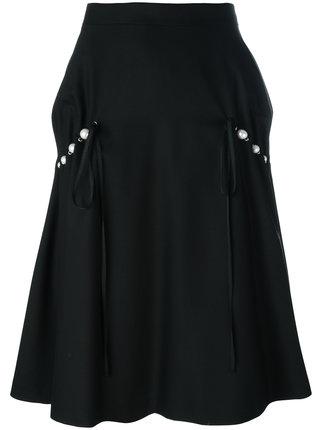 芸能人がおしゃれイズム 春の1時間SPで着用した衣装スカート
