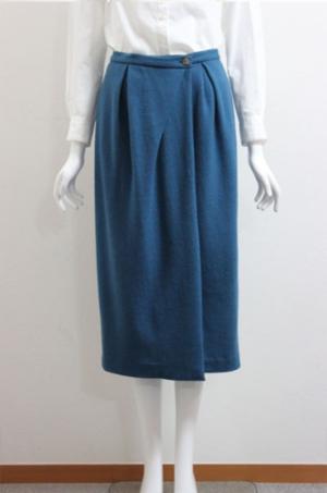 芸能人がC CHANNELで着用した衣装スカート