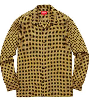 芸能人がシューイチ 等 グリーンボーイズインタビューで着用した衣装黄色いシャツ