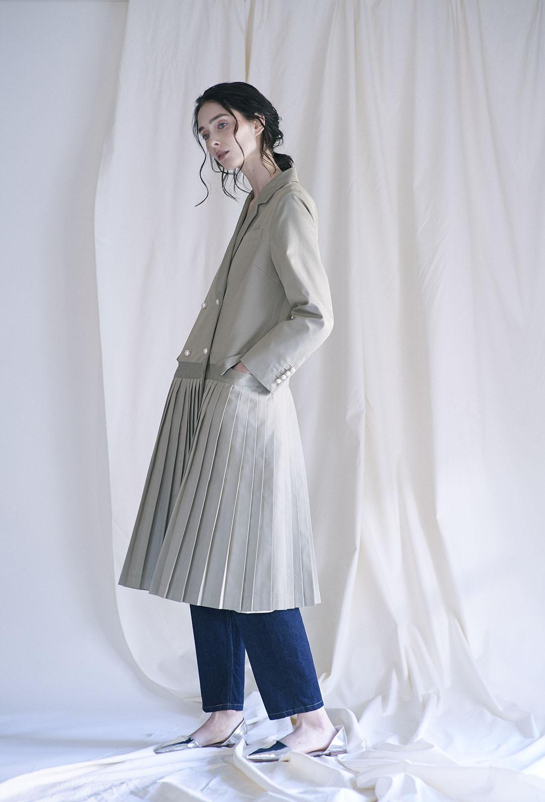 芸能人がニンゲン観察バラエティ モニタリングで着用した衣装アウター