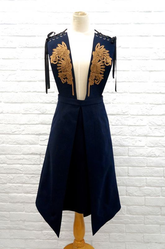 LOKITHOのコード刺繍ジャンパースカート