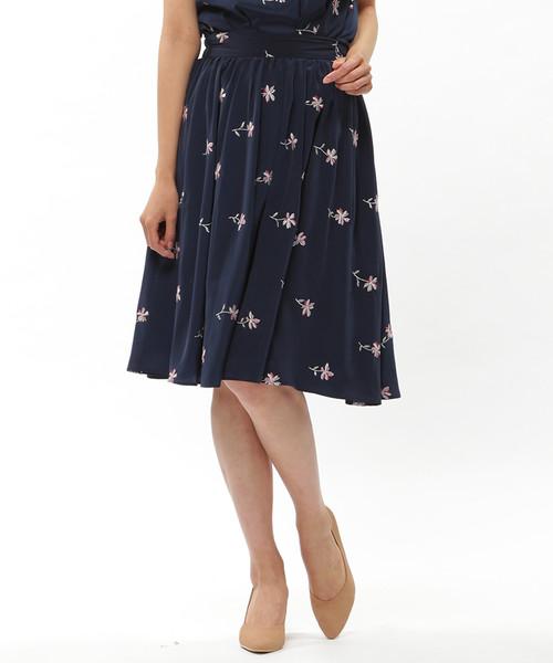 WILLSELECTIONのパレットデシンラメ刺繍スカート