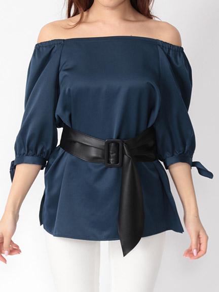 芸能人ステキ女子・化粧品会社の庶務課勤務が人は見た目が100パーセントで着用した衣装シャツ / ブラウス