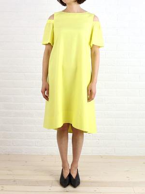 芸能人ステキ女子・化粧品会社勤務が人は見た目が100パーセントで着用した衣装ワンピース