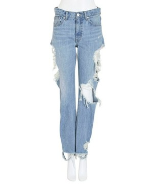 芸能人主役:女子モドキ・J(細身で長身)が人は見た目が100パーセントで着用した衣装パンツ