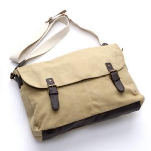 芸能人がTOKYOデシベルで着用した衣装バッグ