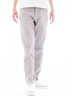 芸能人がTOKYOデシベルで着用した衣装パンツ