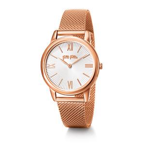 芸能人ステキ女子・化粧品会社勤務が人は見た目が100パーセントで着用した衣装時計