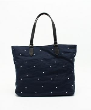 芸能人が美しい星で着用した衣装バッグ