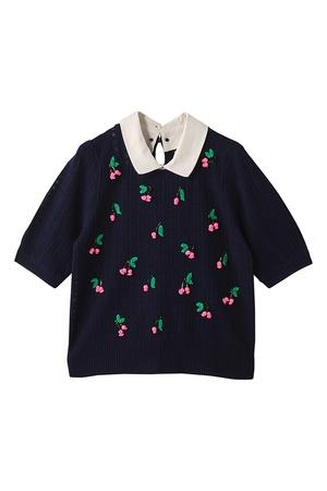 芸能人がローラオフィシャルブログで着用した衣装カットソー・パンツ