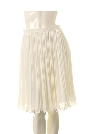芸能人が徹子の部屋で着用した衣装スカート