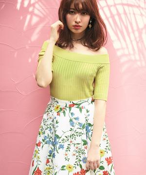 芸能人ステキ女子・化粧品会社勤務が人は見た目が100パーセントで着用した衣装ニット
