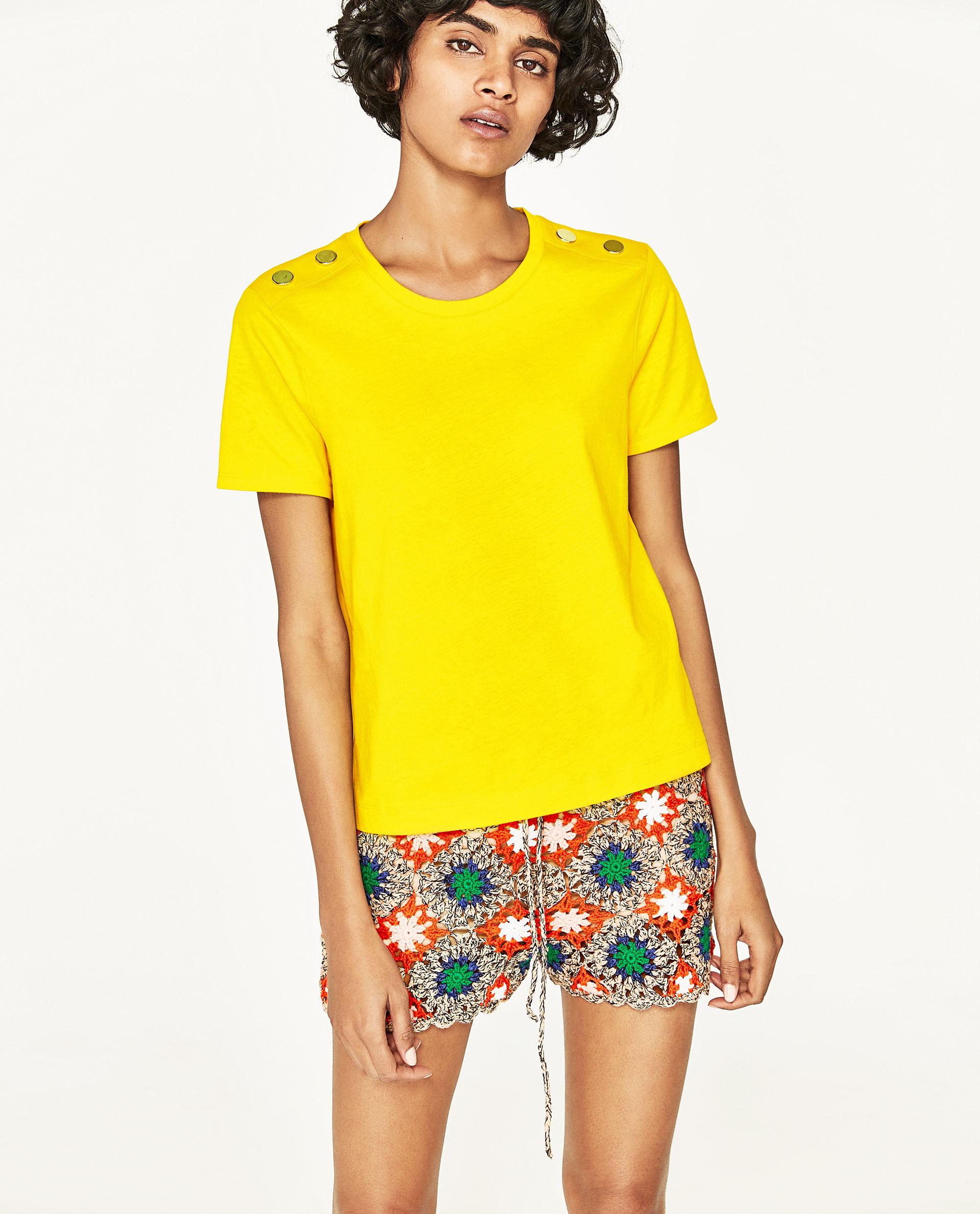 芸能人がヒルナンデス!で着用した衣装パンツ、Tシャツ